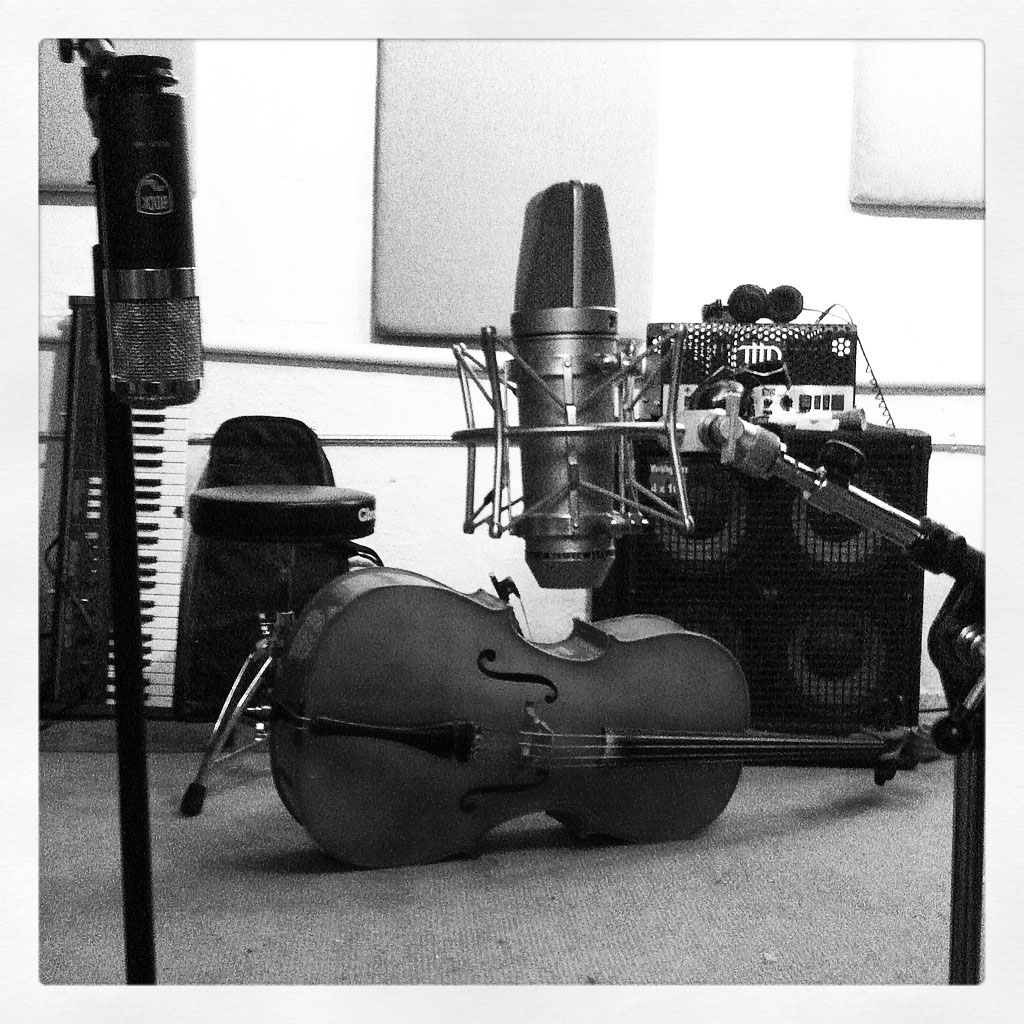 band equipment cello